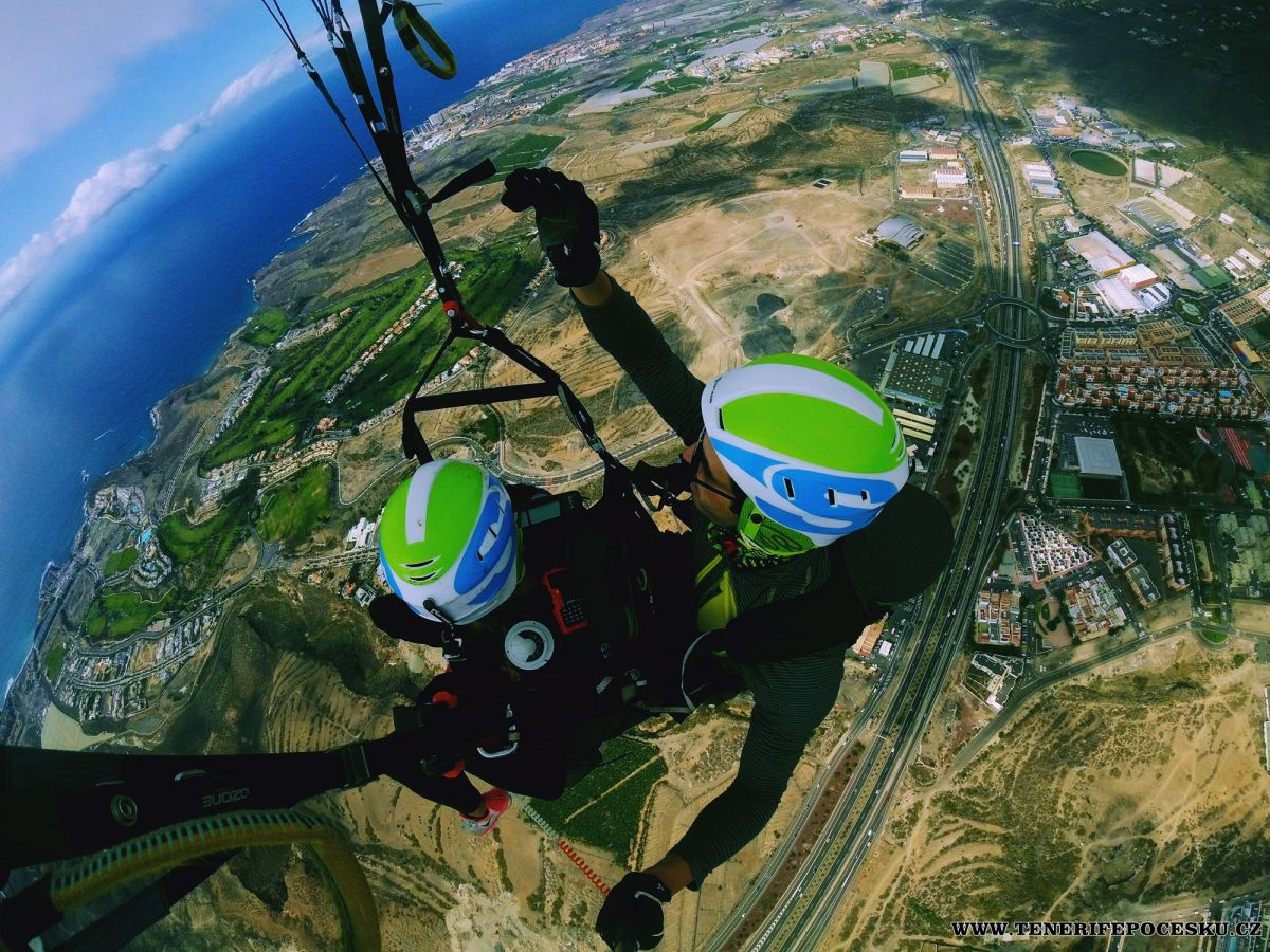 Paragliding silver flight