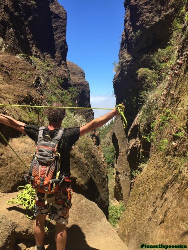 Slaňování v horském průsmyku
